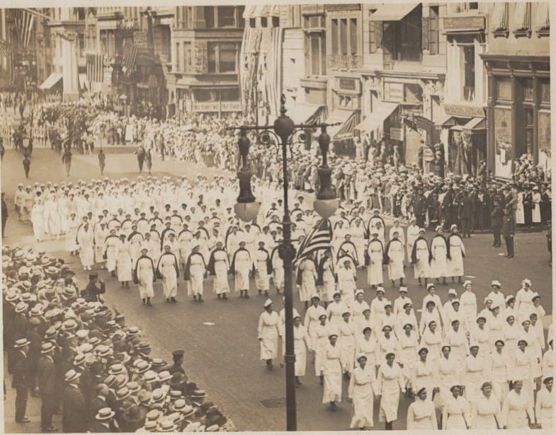 Army nurses on parade, c. 1918. Louise Liers papers, Iowa Women's Archives, The University of Iowa Libraries, Iowa City.