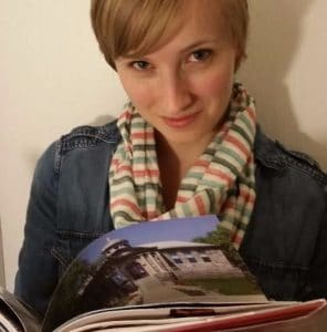 Image of Rachel Black holding a book