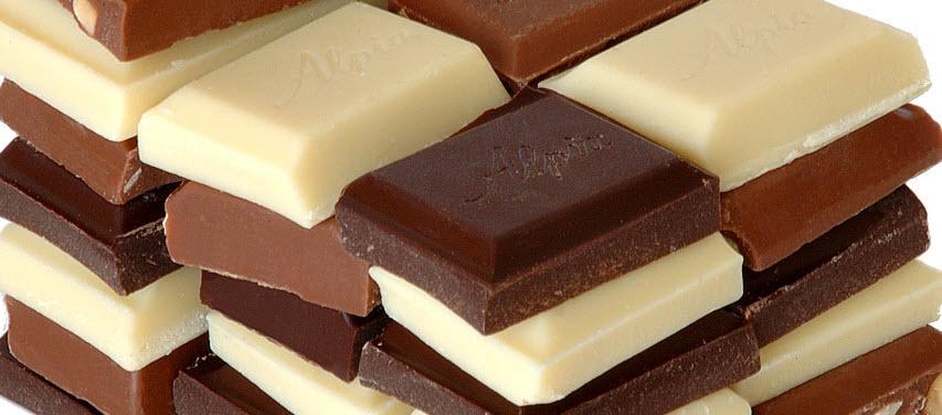 chocolatebgfffcrop3