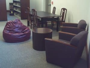 Picture of study space at the Sciences Library