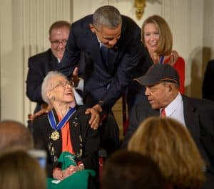 Image of Katherine Johnson receiving the Presidential Medal of Freedom