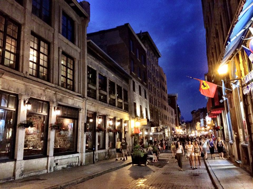 Vieux Montreal at night