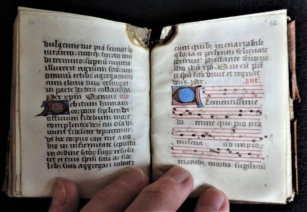 Manuscript open