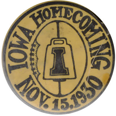 homecoming-pin