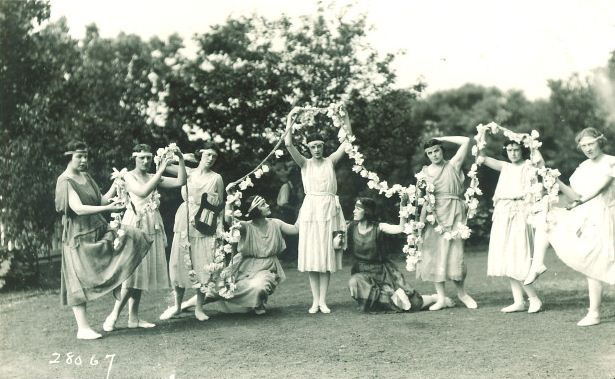 UI dancers, 1910s | Iowa City Town and Campus Scenes